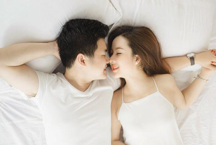 家族とキスする夢の場合/photo by GAHAG