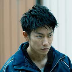 モデルプレス - 佐藤健、連続殺人の容疑者役 気迫に反響「すごい振り幅」<護られなかった者たちへ>