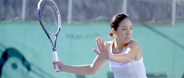 テニスプレーヤーの江口実沙選手