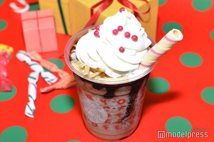 いつまで スタバ サンタ ブーツ スタバ【サンタブーツチョコレートフラペチーノ】のカロリーは?味や甘さの感想!