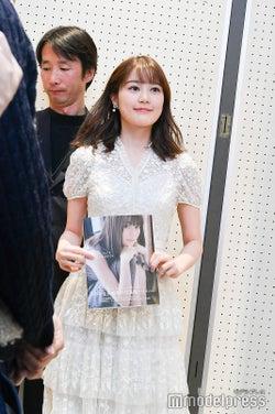 生田絵梨花、登場(C)モデルプレス