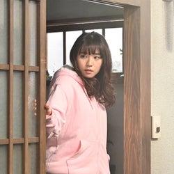 """浅川梨奈、""""9割アドリブ""""で挑む スパガ卒業後初ドラマ<ゼブ…"""
