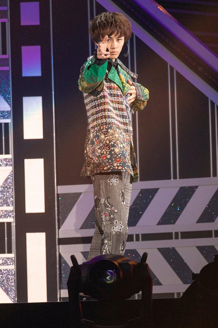 タクヤ/「BULLET TRAIN Arena Tour 2018 GOLDEN EPOCH at OSAKA-JO HALL」より(画像提供:SDR)