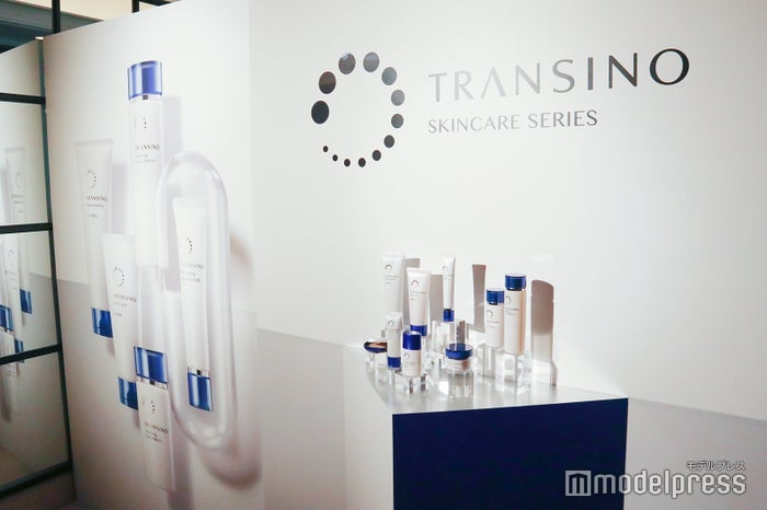 リニューアルした「トランシーノ薬用スキンケアシリーズ」(C)モデルプレス