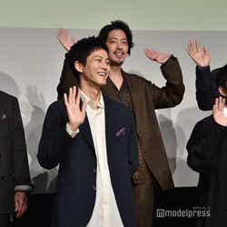 (前列左から)松坂桃李、仲野太賀(後列左から)芹澤興人、若葉竜也、コカドケンタロウ(C)モデルプレス