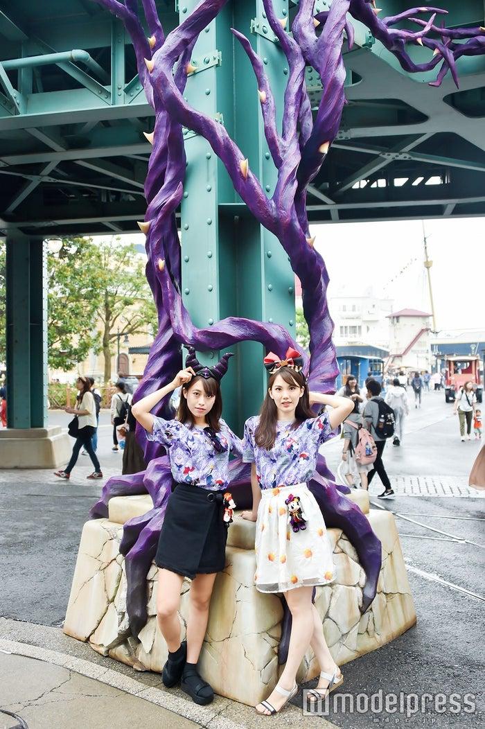 モデル:(左から)山本沙樹、松田佳奈子(C)モデルプレス(C)Disney