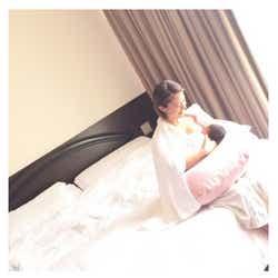 モデルプレス - 第1子出産の神戸蘭子、我が子との2ショット公開 体の変化に不安も