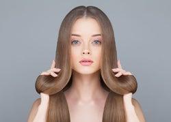 冬でもツヤ髪をキープしよう!ヘアオイルの効果的な使い方