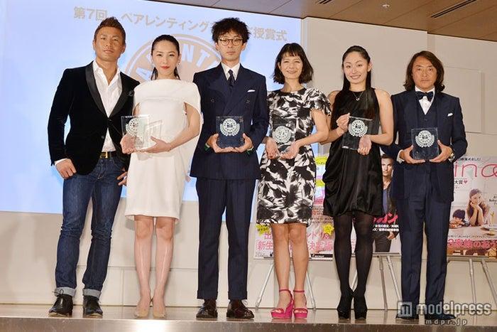 (左から)魔裟斗、矢沢心、滝藤賢一、スザンヌ、安藤美姫、北澤豪氏