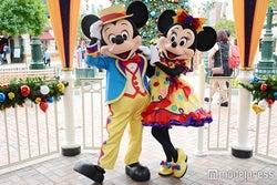 2015年に10周年を迎えた香港ディズニーランド・リゾート(C)Disney