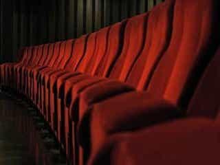 『シン・エヴァ』5週連続1位!『劇場版シグナル』2位に浮上【映画週末興行成績】