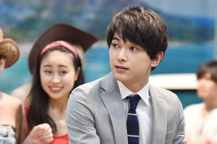 吉沢亮/「サバイバル・ウェディング」第1話より(C)日本テレビ