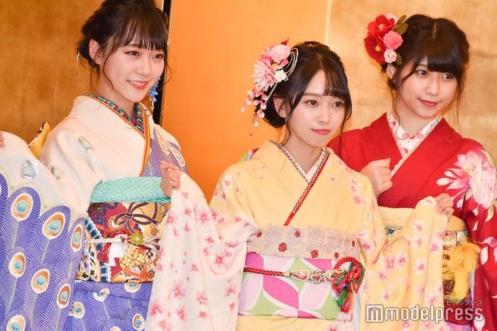 土路生優里、石田みなみ、藤原あずさ/AKB48グループ成人式記念撮影会 (C)モデルプレス