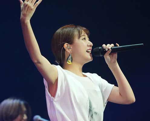 伊藤千晃、全国ツアー完走 「歌で返したい」ファンへの思いつづった新曲も披露