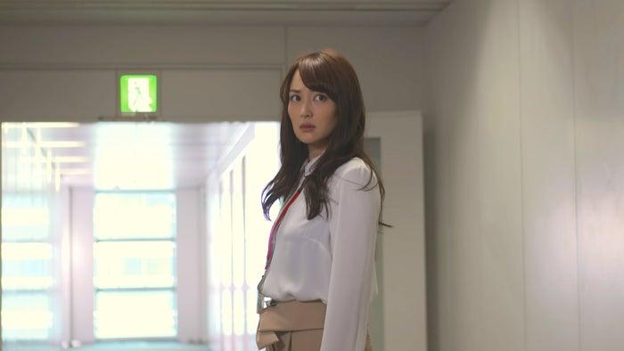 ドラマ『恋がヘタでも生きてます』第2話より(C)読売テレビ