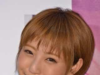 「JELLY」モデルizu、自身初の挑戦に意気込み「笑顔で出発」