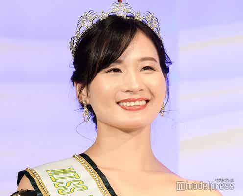 清瀬汐希、胸元ざっくりドレス姿で登場 美の秘訣明かす