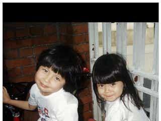 ベッキー、妹・ジェシカとの幼少期ショットに反響「そっくり姉妹」「天使が2人」の声