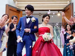 田中圭、土屋太鳳と3度目の映画共演 結婚式ショット公開<哀愁しんでれら>