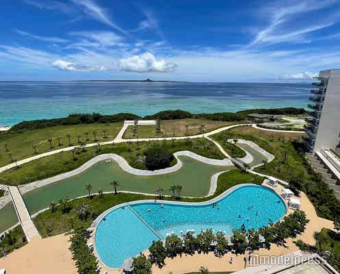 「ヒルトン沖縄瀬底リゾート」透明度抜群の海が目の前!きらめきに癒やされる極上リゾートホテル