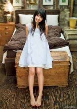 欅坂46上村莉菜、溢れ出る抜群の透明感で魅せる