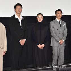 (左から)坂東龍汰、東出昌大、蒼井優、高橋一生、黒沢清監督 (C)モデルプレス