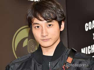 小関裕太、共演女優への恋愛感情は「頑張ってセーブしてる」