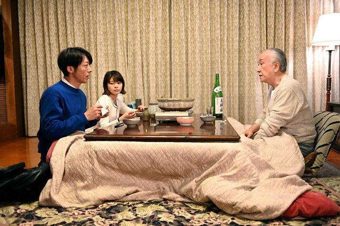 高橋一生、岸井ゆきの、木場勝己「天国と地獄 ~サイコな2人~」第7話より(C)TBS