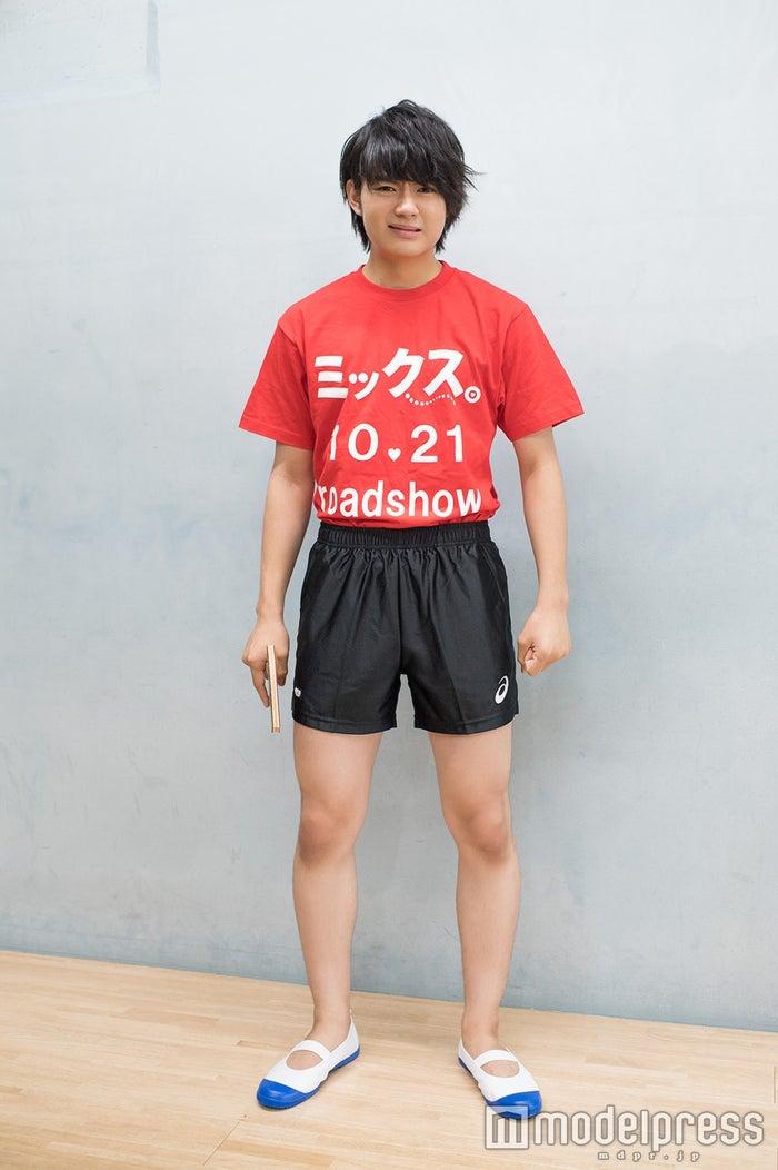 """佐野クエストは技を習得するごとに""""装備""""が増えていく。2回目の練習日時点での装備はこちら(上履きに注目だ!) (C)モデルプレス"""