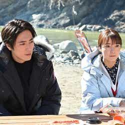 間宮祥太朗、上白石萌音「オー!マイ・ボス!恋は別冊で」第7話より(C)TBS