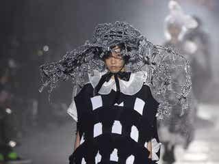 「リトゥンアフターワーズ」20年春夏のファッションショーを開催 イノセントな現代の魔女がテーマ