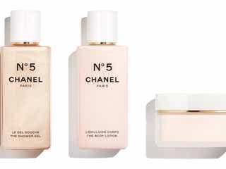 シャネルが「N°5」の香りを堪能できるホリデーシーズンを提案