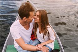 付き合ってないのにキスはアリ?微妙な関係の進展方法
