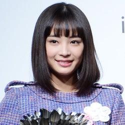 """広瀬すず、元AKB48前田敦子&大島優子の""""イリュージョン""""登場に興奮「やばすぎる」"""