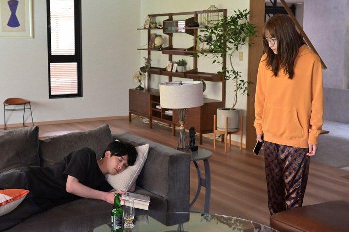 横浜流星、川口春奈「着飾る恋には理由があって」第3話より(C)TBS