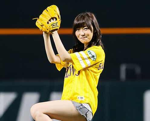 指原莉乃、AKB48グループNo.1美脚披露もノーバンならず