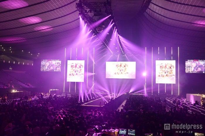「第21回 東京ガールズコレクション2015 AUTUMN/WINTER」会場の様子