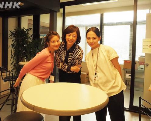 高岡早紀が清原果耶、今田美桜との美人3ショット公開「楽しそうな3人見て笑顔になれる」
