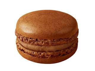 マックカフェ「マカロン キャラメルシナモン」甘く香ばしいキャラメルにスパイスがマッチ