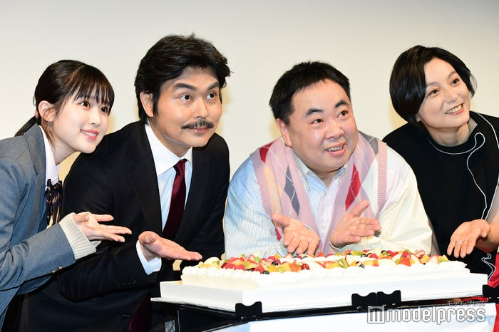 福本莉子、小澤征悦、塚地武雅、本上まなみ(C)モデルプレス