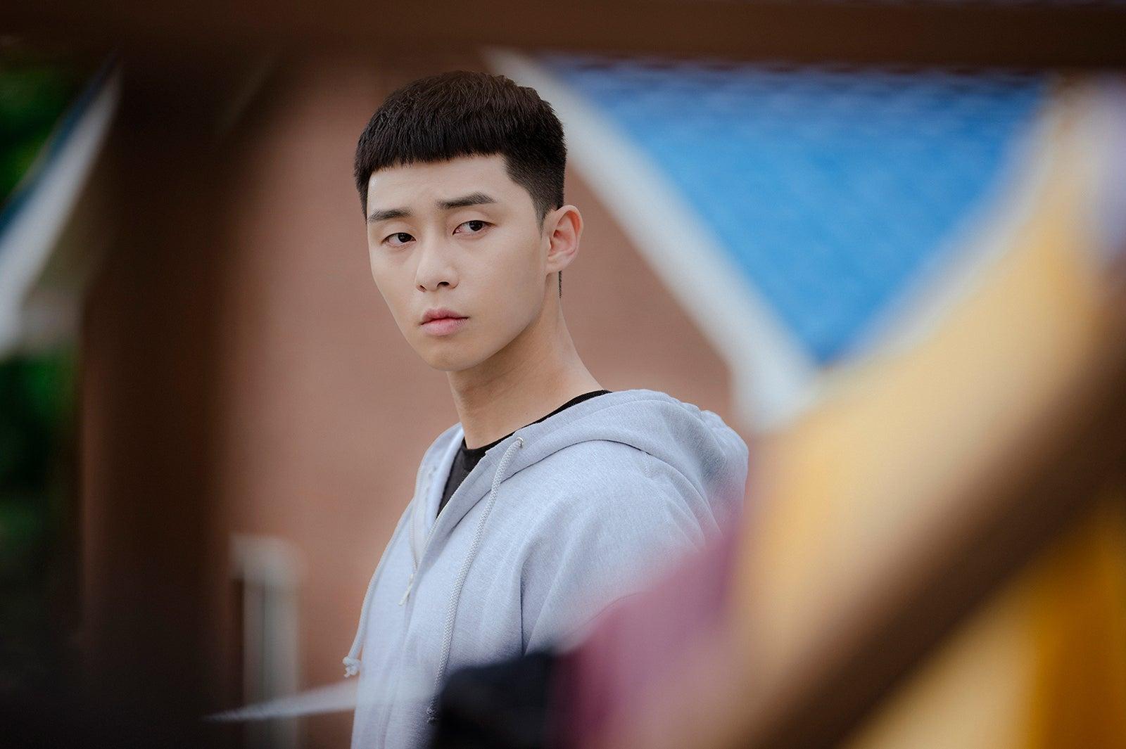 俳優 韓国 人気