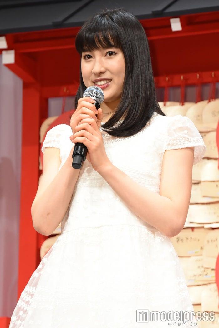 姉との写真が話題の土屋太鳳(C)モデルプレス