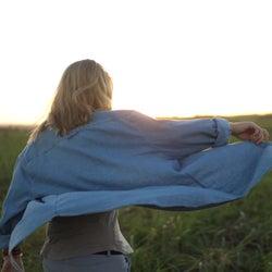 男女から好かれるかっこいい女性の特徴。見た目〜内面まで憧れられる存在になる方法