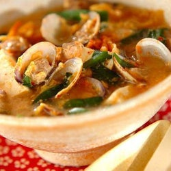 白ご飯がどんどん進む! 「アサリのキムチスープ」の作り方