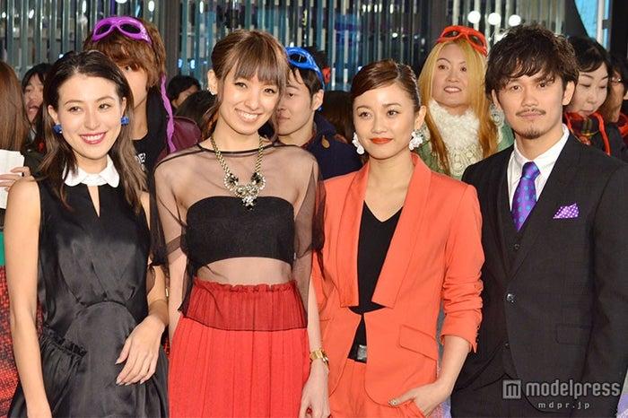(左から)山本優希、南明奈、宮城舞、宮城大樹