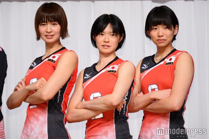 (左から)木村沙織選手、宮下遥選手、古賀紗理那選手(C)モデルプレス