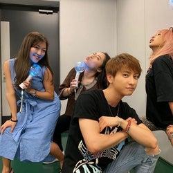 AAA與真司郎、青山テルマらとの「最高に笑った」写真公開し「関係羨ましい」「ほんま楽しそう」