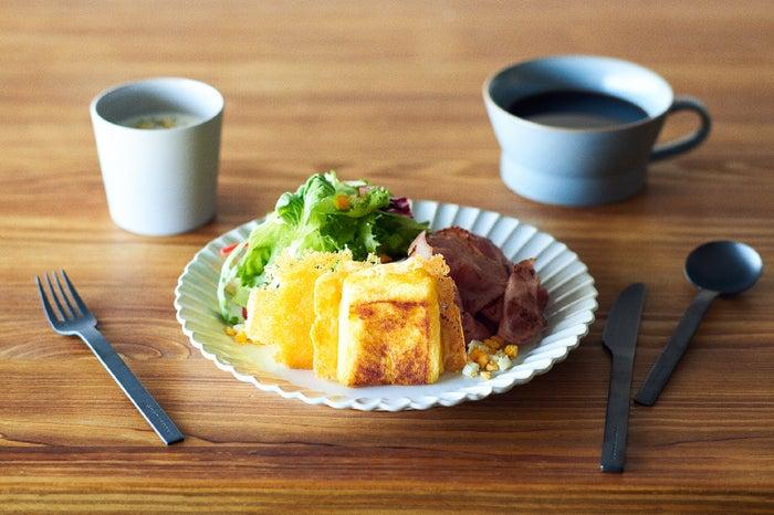 「羽根つきフレンチトースト」1,200円(税込)/画像提供:星野リゾート