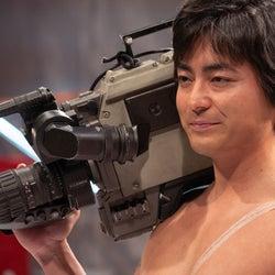 山田孝之「全裸監督」シーズン2制作決定 体当たりのメイキング映像解禁