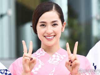 中村アン、ピンク浴衣で「東京五輪音頭」披露 選手たちもムード盛り上げる
